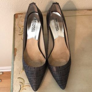 Michael Kors all-leather, gray alligator pumps